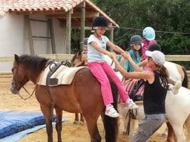 cours d'équitation pour pour petits et grands