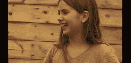 Enfant souriant heureux colonie de vacances