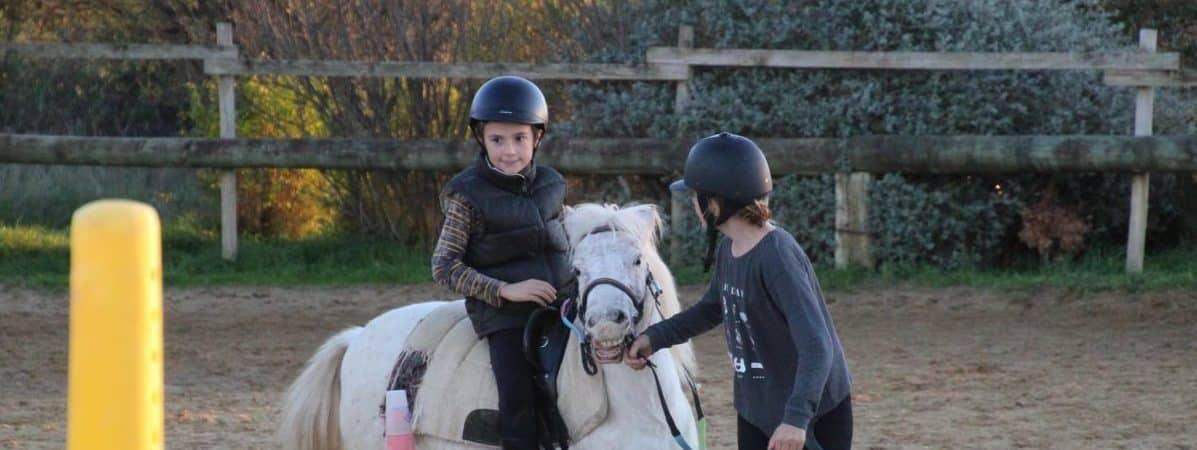 Séjours équestres pour enfants proche Montpellier