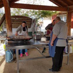 preparation paella
