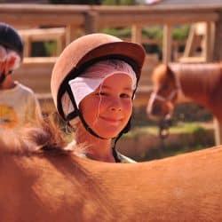 activité equitation en colo au Clos d'Alice