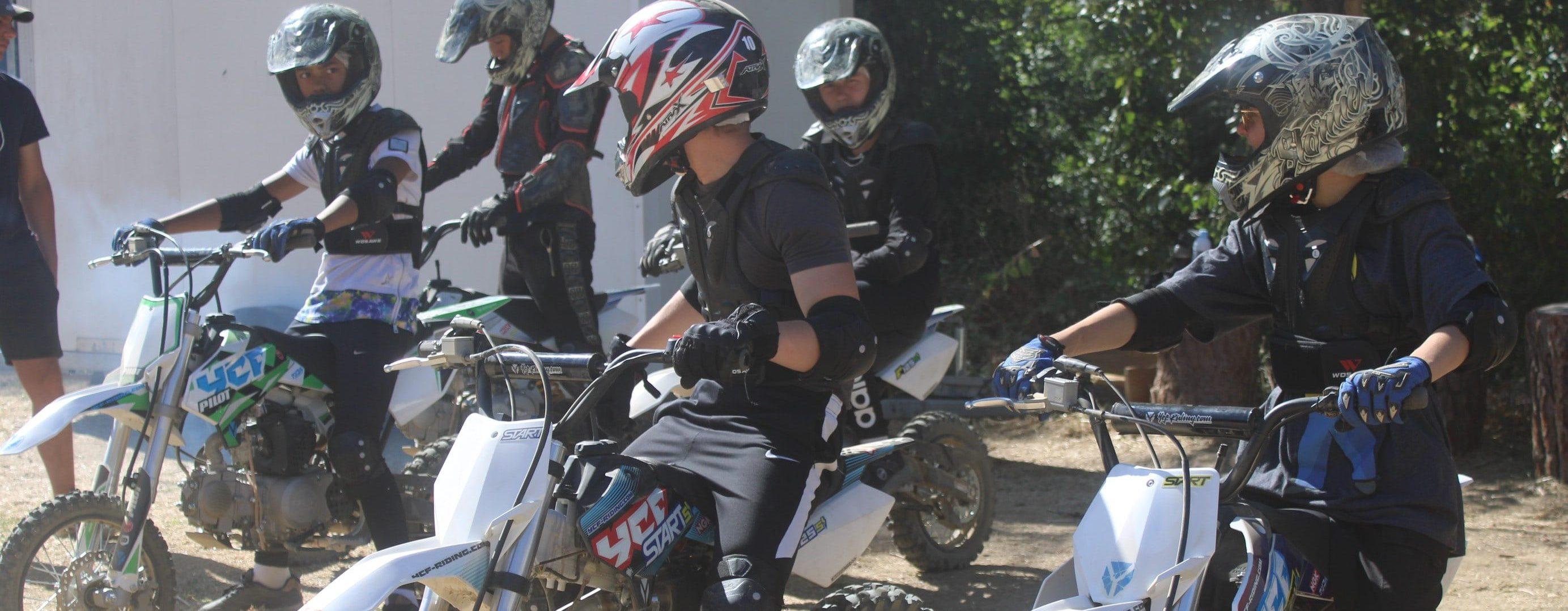 Moto-cross colonie de vacances
